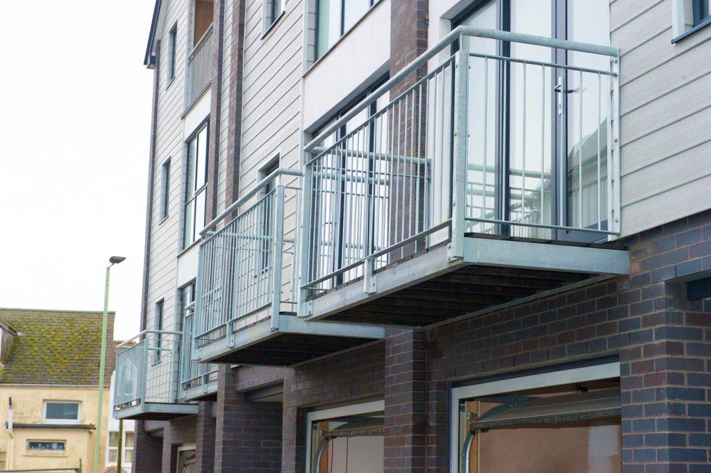 Devon railing company, north devon railing company, made to measure railings and balconies Devon,